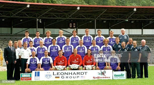 Fussball 2 Bundesliga 04/05 Aue Erzgebirge Aue hintere Reihe vli Joerg Emmerich Rene Krasselt Marco Kurth Maik Kunze Ruediger Rehm Frank Berger...