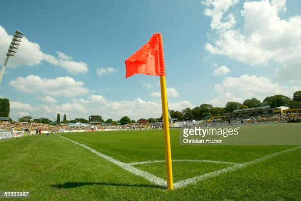 Fussball 2 Bundesliga 04/05 Dresden Dynamo Dresden MSV Duisburg / 31 Stadionuebersicht von der Eckfahne Rudolf Harbig Stadion 070804