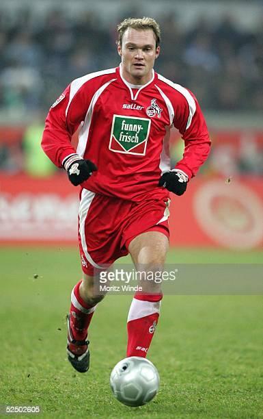 Fussball 2 Bundesliga 04/05 Duisburg MSV Duisburg 1 FC Koeln 10 Alexander VOIGT / Koeln 121204