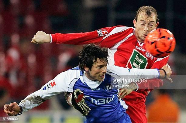 Fussball 2 Bundesliga 04/05 Koeln 1402051 FC Koeln Karlsruher SCEdmund KAPLLANI/KSC Carsten CULLMANN/FCK