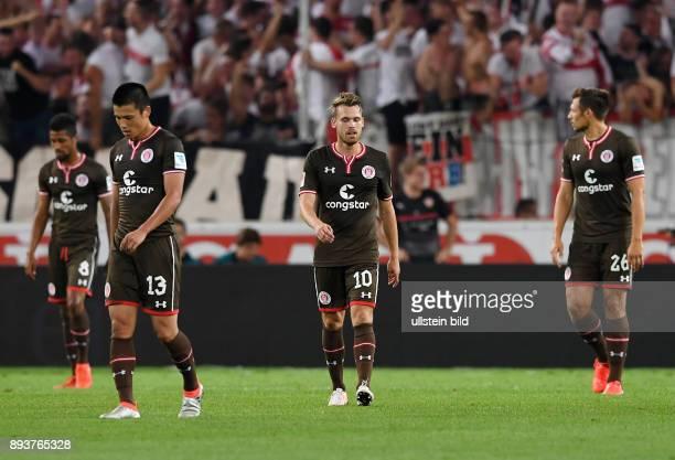 Fussball 2 Bundesliga Saison 2016/2017 1 Spieltag VfB Stuttgart FC St Pauli Enttaeuschung FC St Pauli Ryo Miyaichi Christopher Buchtmann und Soeren...