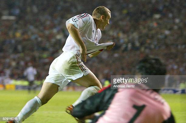 Fussball Champions League 02/03 Finale Manchester 280503 AC Mailand Juventus Turin 32 iE/AC Mailand Champions League Sieger 2003 Jubel Andrej...