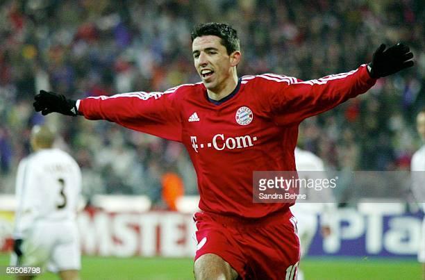 Fussball: Champions League 03/04, Muenchen; FC Bayern Muenchen - Real Madrid; Torjubel zum 1:0 durch Roy MAKAAY / Bayern 24.02.04.