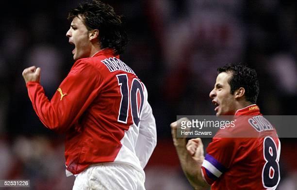 Fussball: Champions League 03/04, Viertelfinale / Rueckspiel, Monaco; AS Monaco - Real Madrid 3:1; Jubel Fernando MORIENTES, Ludovic GIULY / Monaco...