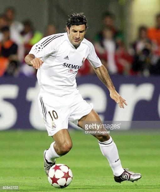 Fussball: Champions League 04/05, Leverkusen; Bayer 04 Leverkusen - Real Madrid 3:0; FIGO / Madrid 15.09.04.