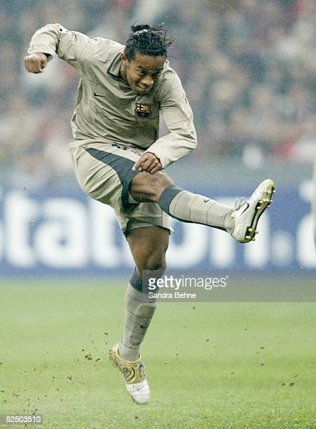 Fussball Champions League 04/05 Mailand AC Mailand FC Barcelona 10 RONALDINHO / Barcelona 201004