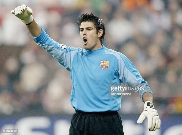 Fussball Champions League 04/05 Mailand AC Mailand FC Barcelona 10 Torwart Victor VALDES / Barcelona 201004