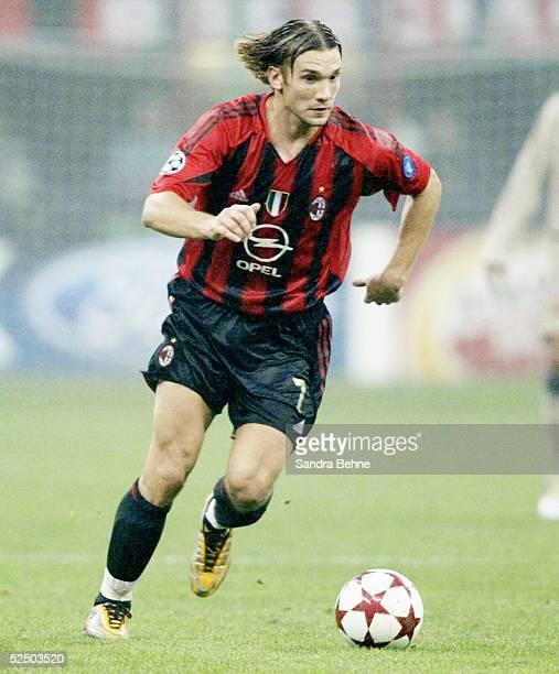Fussball Champions League 04/05 Mailand AC Mailand FC Barcelona 10 Andriy SHEVCHENKO / Milan 201004