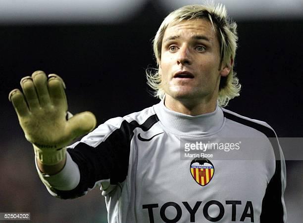 Fussball Champions League 04/05 Valencia FC Valencia SV Werder Bremen 02 Torwart Santiago CANIZARES / Valencia 071204