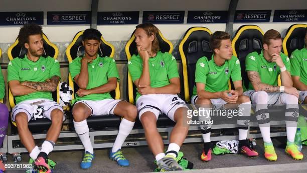 Fussball Champions League Qualifikation Saison 2016/2017 BSC Young Boys Bern Borussia Moenchengladbach Ersatzbank Gladbach Fabian Johnson Mahmoud...