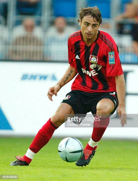 Fussball: DFB Ligapokal 2004, Jena; Bayer 04 Leverkusen - FC Hansa Rostock; Dimitar BERBATOV / Leverkusen 21.07.04.