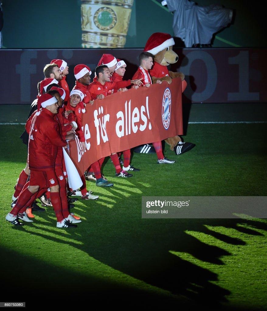 Fc Bayern Wünscht Frohe Weihnachten.Fussball Dfb Pokal Achtelfinale 2015 2016 Fc Bayern Muenchen Sv