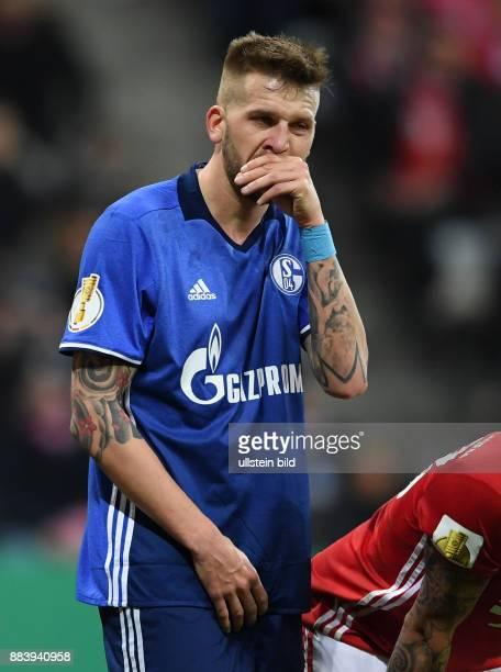 Fussball DFB Pokal Viertelfinale Saison 2016/2017 FC Bayern Muenchen FC Schalke 04 Guido Burgstaller