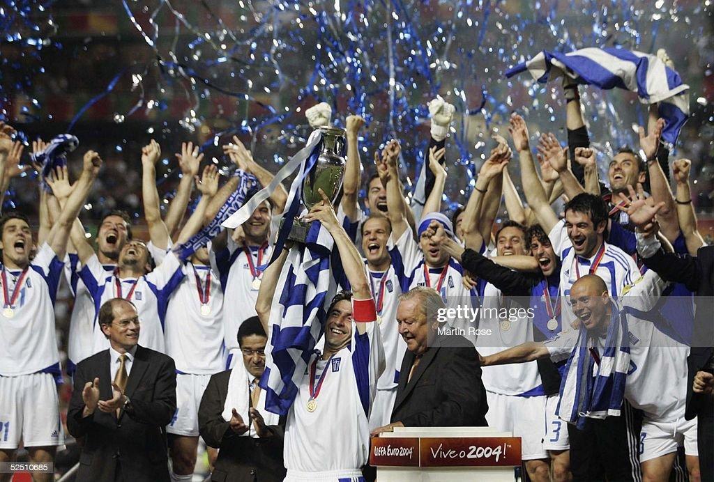 Fussball: EM 2004 in Portugal, Finale, POR-GRE : News Photo