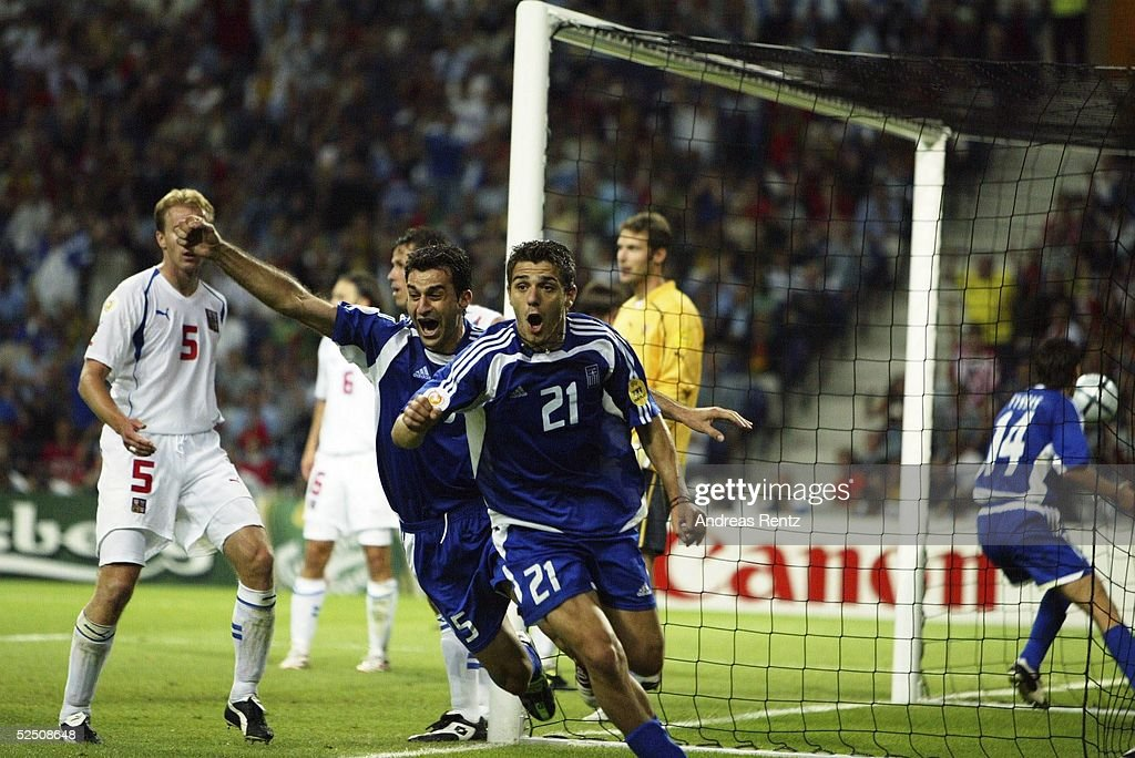Fussball: EM 2004 in Portugal, Habfinale, GRE-CZE : News Photo