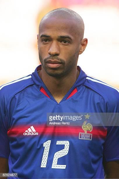 Fussball Euro 2004 in Portugal Vorrunde / Gruppe B / Spiel 4 Lissabon Frankreich England 21 Thierry HENRY / FRA 130604