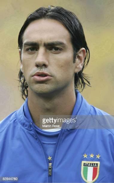 Fussball Euro 2004 in Portugal Vorrunde / Gruppe C / Spiel 14 Porto Italien Schweden 11 Alessandro NESTA / ITA 180604