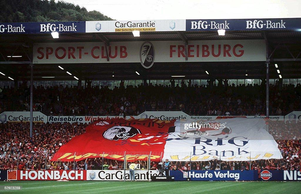 Freiburg 22 08 98 Fussball Fans Freiburg Im Dreisamstadion