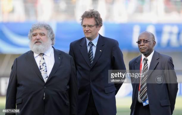 Fussball Frauen FIFA U 20 Weltmeisterschaft 2008 Finale Korea DVR USA Exekutivkomitee Mitglied Chuck BLAZER FIFA Generalsekretaer Jerome VALCKE und...