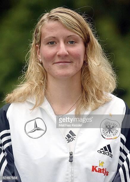 Fussball / Frauen U 19 Nationalmannschaft Deutschland 2004 Biberach Anja MITTAG / GER 271004