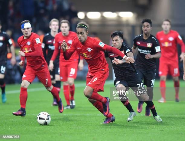 Fussball GER 1 Bundesliga Saison 2016 2017 11 Spieltag vli Marcel Sabitzer Yussuf Poulsen Charles Aranguiz