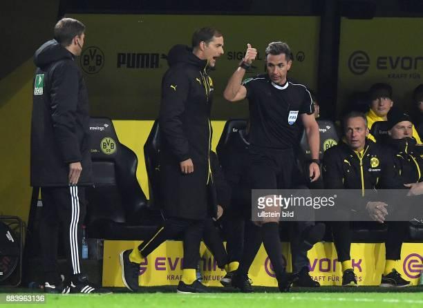 Fussball GER 1 Bundesliga Saison 2016 2017 11 Spieltag Borussia Dortmund FC Bayern Muenchen Letzte Ermahnung für Trainer Thomas Tuchel von...