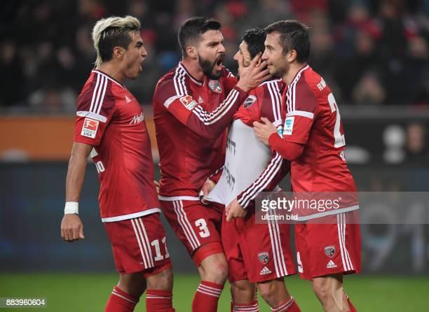 Fussball GER 1 Bundesliga Saison 2016 2017 15 Spieltag Bayer 04 Leverkusen FC Ingolstadt Jubel Darío Lezcano Anthony Jung Almog Cohen Markus Suttner
