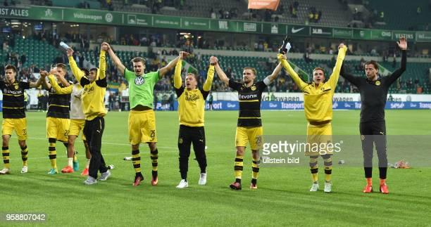 Fussball GER 1 Bundesliga Saison 2016 2017 4 Spieltag BVB La Ola vre Torwart Roman Weidenfeller Mario Goetze Mario Götze Marcel Schmelzer Felix...