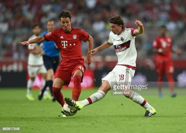 Fussball International Audi Cup 2015 Saison 2015/2016 Halbfinale FC Bayern Muenchen AC Mailand Fabian Benko gegen Riccardo Montolivo