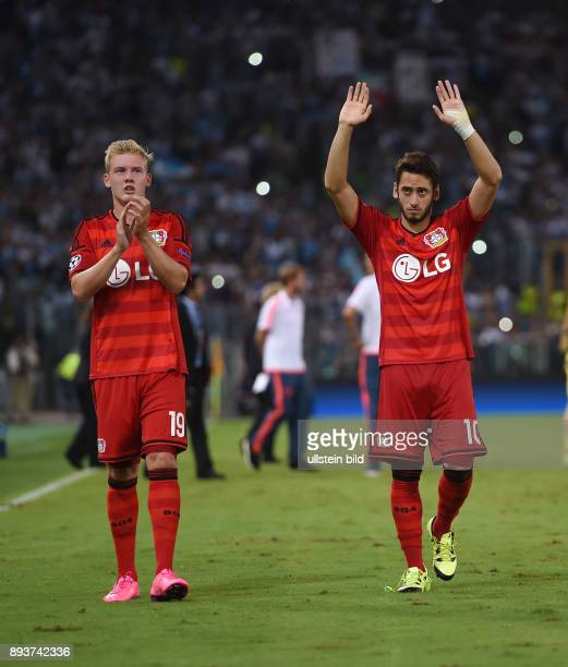 Fussball International Champions League Saison 2015/2016 Qualifikation Lazio Rom Bayer 04 Leverkusen Hakan Calhanoglu und Julian Brandt