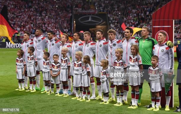 Fussball International EM 2016 Qualifikation Gruppe D in Frankfurt Deutschland Polen Mannschaftsbild Deutschland Bastian Schweinsteiger Torwart...