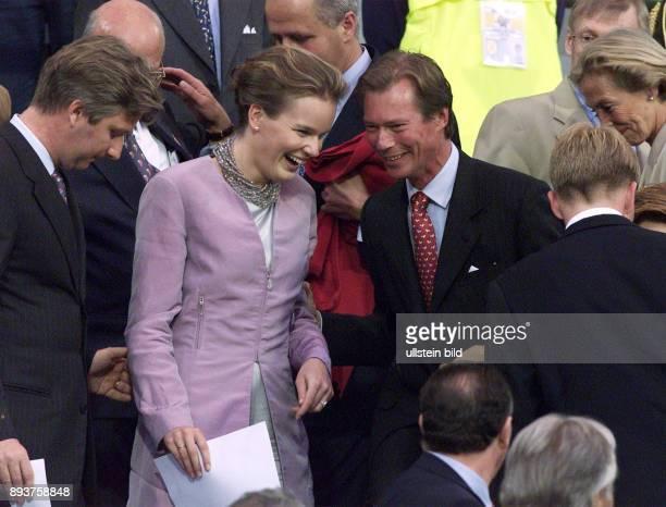 Fussball International Europameisterschaft 2000 Eroeffnungsspiel im Koenig Baudouin Stadion in Bruessel Belgien Schweden Prinzessin Mathilde von...