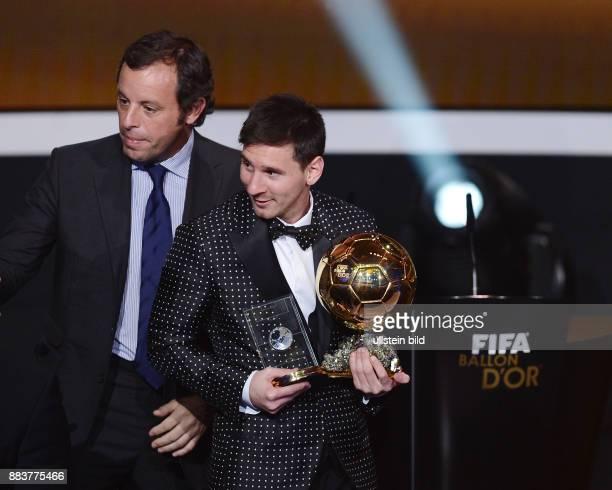 Fussball International FIFA Ballon d Or Weltfussballer 2012 Lionel Messi mit Barca Praesident Sandro Rosell