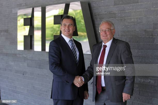 Fussball International FIFA Meeting des FIFA Ethics Committee Starjurist Michael J Garcia und Richter HansJoachim Eckert