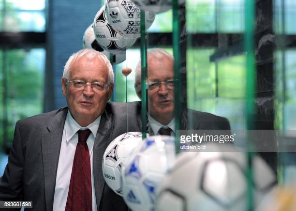 Fussball International FIFA Meeting des FIFA Ethics Committee Richter HansJoachim Eckert