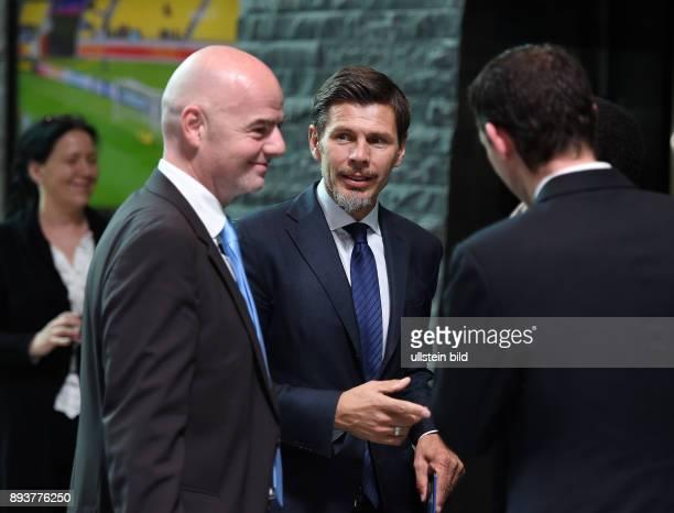 Fussball International Stellvertretender FIFA-Generalsekretaer Zvonimir Boban und FIFA Praesident Gianni Infantino