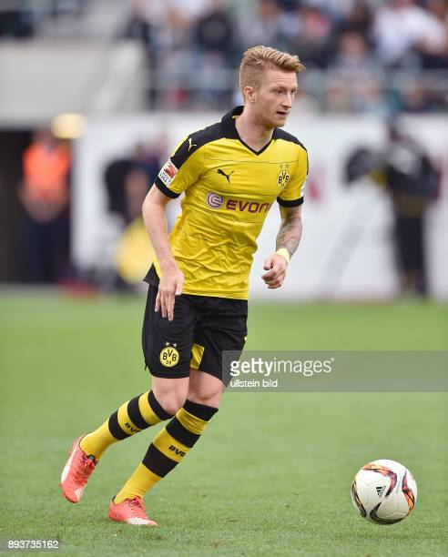 Fussball International Testspiel 2015/2016 in St Gallen Borussia Dortmund Juventus Turin Marco Reus am Ball