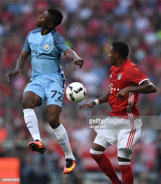 Fussball International Testspiel Saison 2016/2017 FC Bayern Muenchen Manchester City Kelechi Iheanacho gegen David Alaba