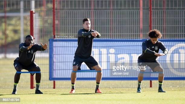 Fussball International Training der deutschen Nationalmannschaft in Muenchen beim FC Bayern an der Saebener Strasse Antonio Ruediger Julian Draxler...