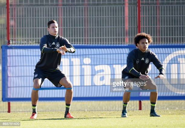 Fussball International Training der deutschen Nationalmannschaft in Muenchen beim FC Bayern an der Saebener Strasse Julian Draxler und Leroy Sane...