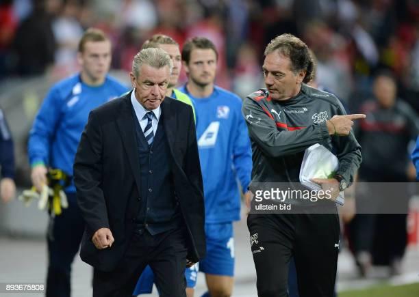 Fussball International WM Qualifikation 2014 in Bern Schweiz Island Enttaeuschung Trainer Ottmar Hitzfeld und Co Trainer Michel Pont