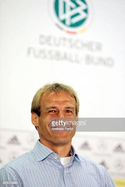 Fussball Laenderspiel 2004 Berlin Deutschland Brasilien 11 Pressekonferenz Trainer Juergen KLINSMANN / GER 080904