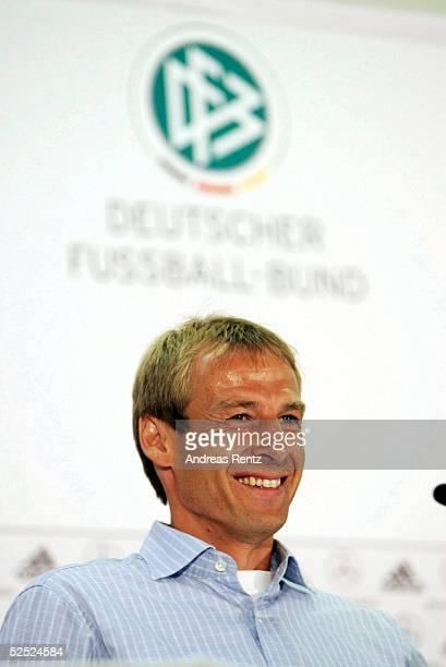 Fussball Laenderspiel 2004 Berlin Deutschland Brasilien Pressekonferenz Trainer Juergen KLINSMANN / GER 080904