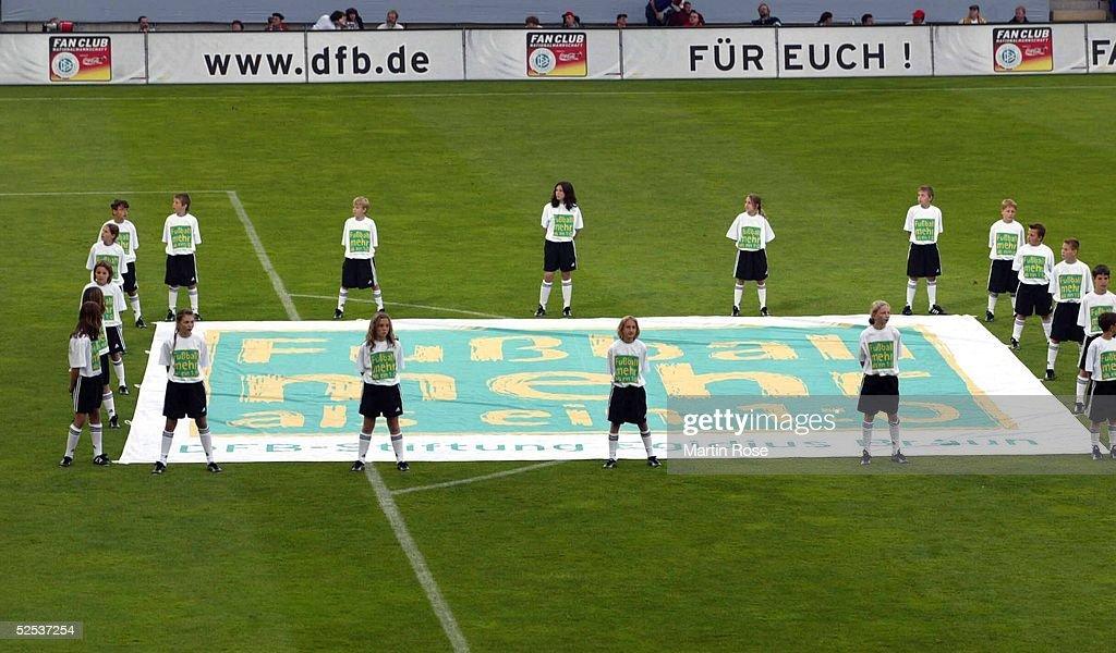 Laenderspiel 2004 Freiburg Deutschland Malta Dfb
