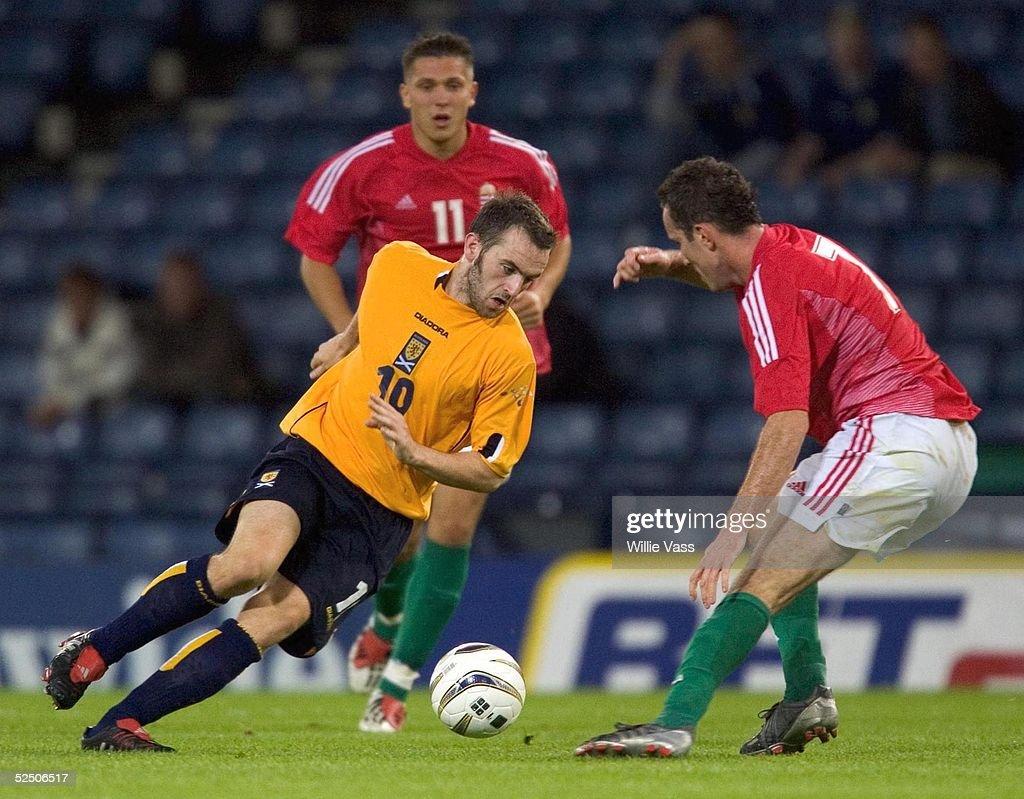 Laenderspiel 2004, Glasgow; Schottland - Ungarn ( SCO - HUN ); James McFadden / SCO, Peter Simek / HUN und Balzas Molnar / HUN