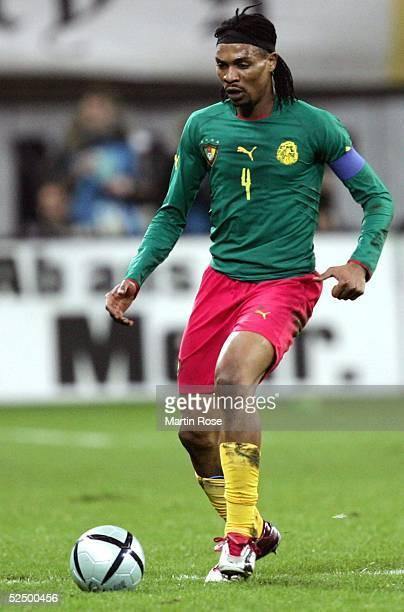 Fussball Laenderspiel 2004 Leipzig Deutschland Kamerun Rigobert SONG / CMR 171104