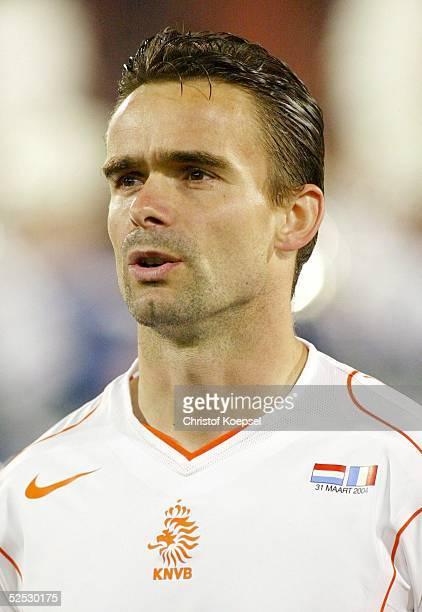 Fussball Laenderspiel 2004 Rotterdam Niederlande Frankreich 00 Marc OVERMARS / NED 310304