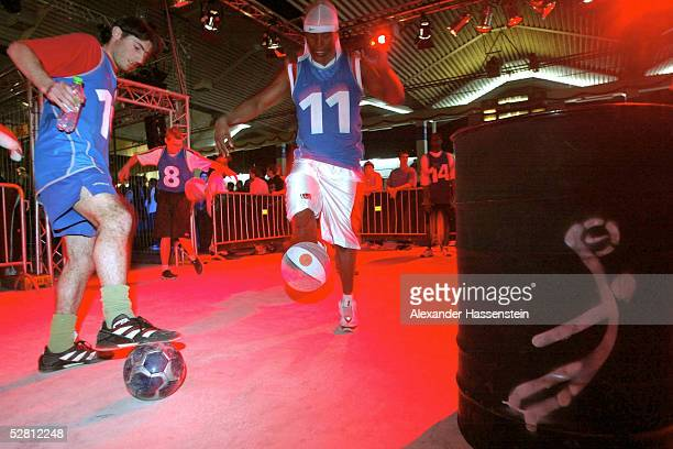 Fussball Nike Freestyle Tour 2003 Dortmund 180503