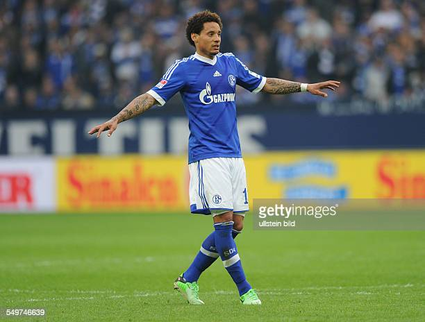 Fussball Saison 20122013 1 Bundesliga 31 Spieltag FC Schalke 04 Hamburger SV 41 Jermaine Jones