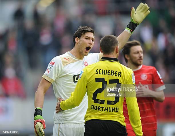 Fussball Saison 20122013 1 Bundesliga 31 Spieltag Fortuna Düsseldorf Borussia Dortmund Torhüter Fabian Giefer li diskutiert mit Julian Schieber